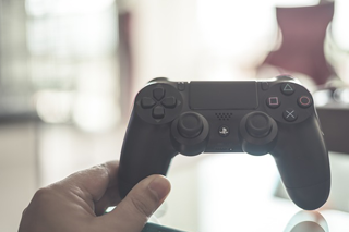 Growth Stocks: Per-share earnings soar for Electronic Arts Inc.